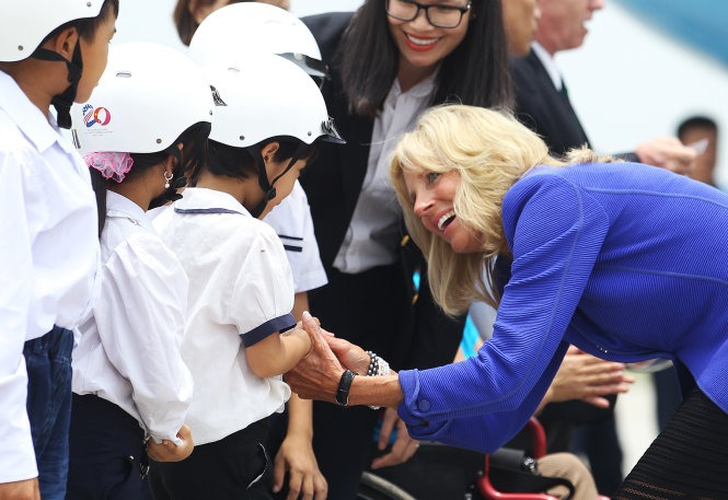 vietnam_welcoming dr. jill biden to hanoi_ 2015