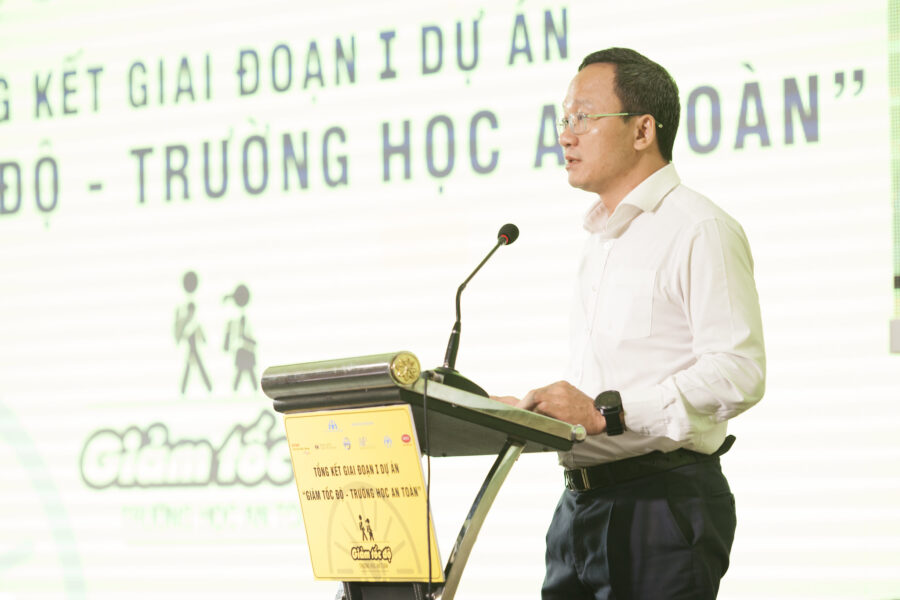 Mr. Khuat Viet Hung, Vice President of the National Traffic Safety Committee, shares his support for the Slow Zones, Safe Zones program.