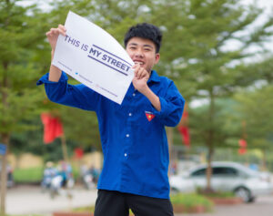 Vietnamese youth lead discussion on drink-driving culture